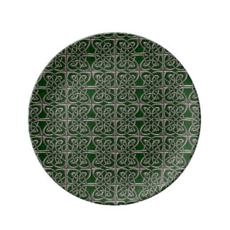 Silver And Green Connected Ovals Celtic Pattern Porcelain Plate