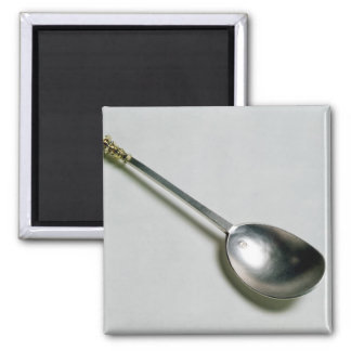 Silver apostle spoon with gold seal top, 1668 magnet