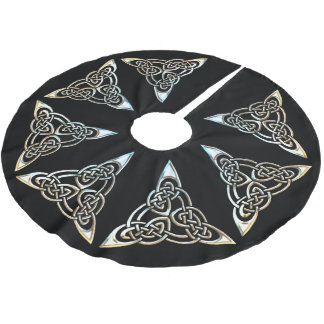 Silver Black Triangle Spirals Celtic Knot Design Brushed Polyester Tree Skirt