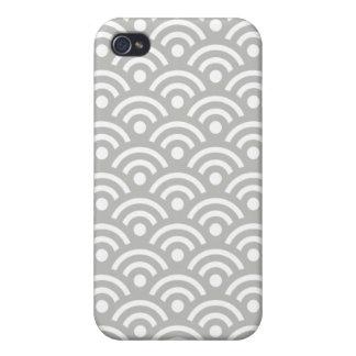 Silver Cloud Seigaiha Design Iphone 4/4S Case