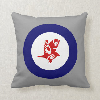 Silver Eye Tauhou, Roundel Throw Pillow