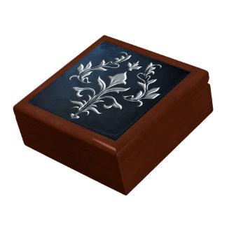 SILVER FLOUISH GIFT BOX