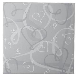 Silver heart pattern tile