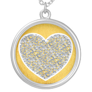 Silver heart round pendant necklace