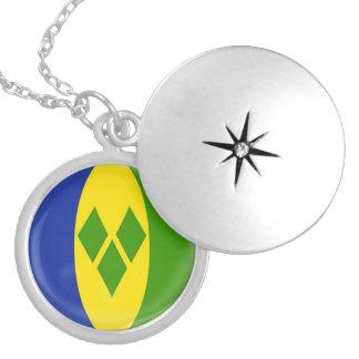 "Silver plate Locket +18"" chain Saint Vincent flag"