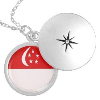 "Silver plate Locket +18"" chain Singapore flag"