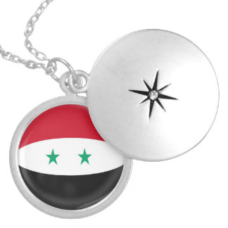 "Silver plate Locket +18"" chain Syria flag"