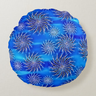 Silver Spinning stars energetic pattern blue throw Round Pillow