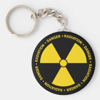 Símbolo amarillo de la radiación llavero redondo tipo pin