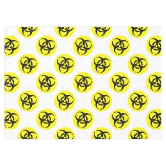 Símbolo amarillo del BioHazard Mantel De Tela