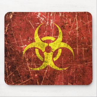 Símbolo amarillo y rojo rasguñado y llevado del Bi Alfombrilla De Ratón