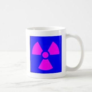 Símbolo amonestador de la radiación taza