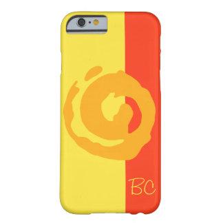 Símbolo anaranjado de Koru en fondo amarillo y Funda De iPhone 6 Barely There