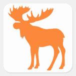 Símbolo anaranjado simple de los alces calcomanías cuadradass personalizadas