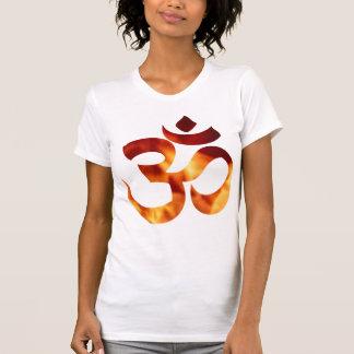Símbolo ardiente de la yoga playera