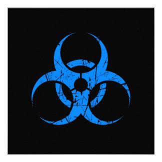 Símbolo azul rasguñado del Biohazard en negro Comunicados Personales