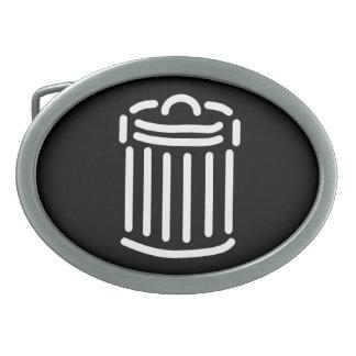 Símbolo blanco del bote de basura hebillas cinturón ovales