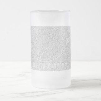 Símbolo cristiano de los pescados de IXTHUS - plat Taza Cristal Mate