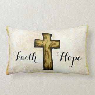 Símbolo cruzado de madera de Brown de la fe y de Cojín