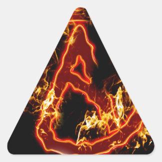 Símbolo de fuego ateo pegatina triangular