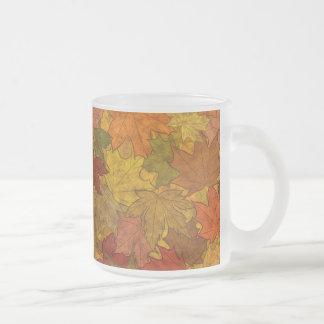 Símbolo de la caída taza de café esmerilada