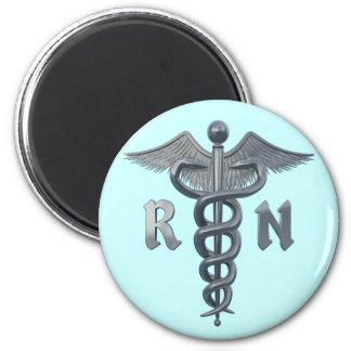 Símbolo de la enfermera registradoa iman de frigorífico