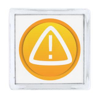 Símbolo de la precaución de la atención pins plateados