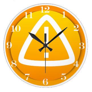 Símbolo de la precaución de la atención relojes