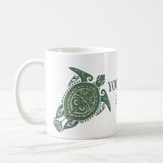 Símbolo de la tortuga de mar de Shamanic + sus Taza Clásica