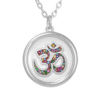 Símbolo de la yoga de Aum Namaste del ohmio de OM Collar Plateado