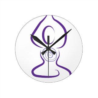 Símbolo de la yoga reloj redondo mediano