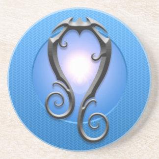 Símbolo de Leo del hierro, azul Posavasos Para Bebidas
