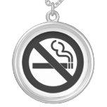 Símbolo de no fumadores joyeria