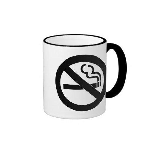 Símbolo de no fumadores taza a dos colores