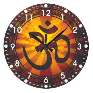 Símbolo de OM del vintage Reloj Redondo Grande