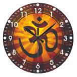 Símbolo de OM del vintage Relojes