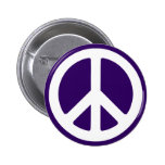 Símbolo de paz blanco en púrpura oscura pin