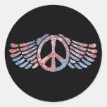 Símbolo de paz con alas etiqueta redonda