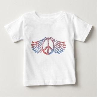 Símbolo de paz con alas t shirts