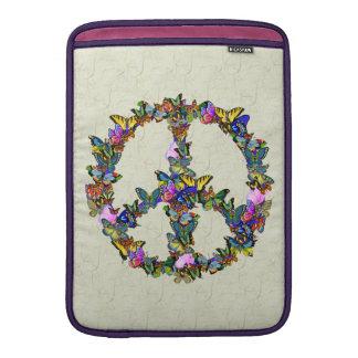 Símbolo de paz de la mariposa fundas para macbook air