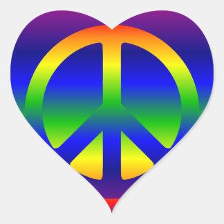 Símbolo de paz de la pendiente del arco iris pegatina en forma de corazón