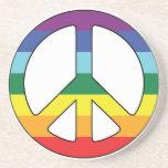 Símbolo de paz del signo de la paz con colores de  posavaso para bebida