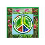 SÍMBOLO DE PAZ:  Flores artísticas verdes Tarjetas Postales