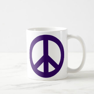 Símbolo de paz púrpura oscuro taza básica blanca