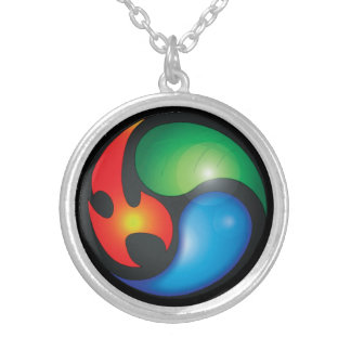 Símbolo de Yin Yan de los elementos del zen Collar Plateado