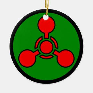 Símbolo del arma química - cráneo y huesos de X Adorno Navideño Redondo De Cerámica