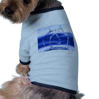 Símbolo del ateo del chapoteo del agua camisa de perro
