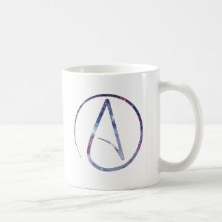 Símbolo del ateo del espacio taza