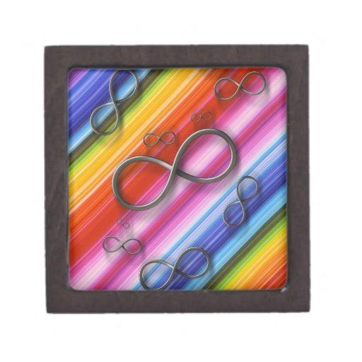 Símbolo del infinito en fondo rayado colorido caja de joyas de calidad