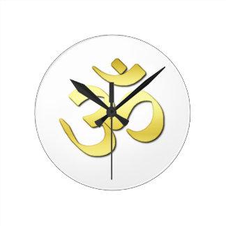 Símbolo del ohmio reloj redondo mediano